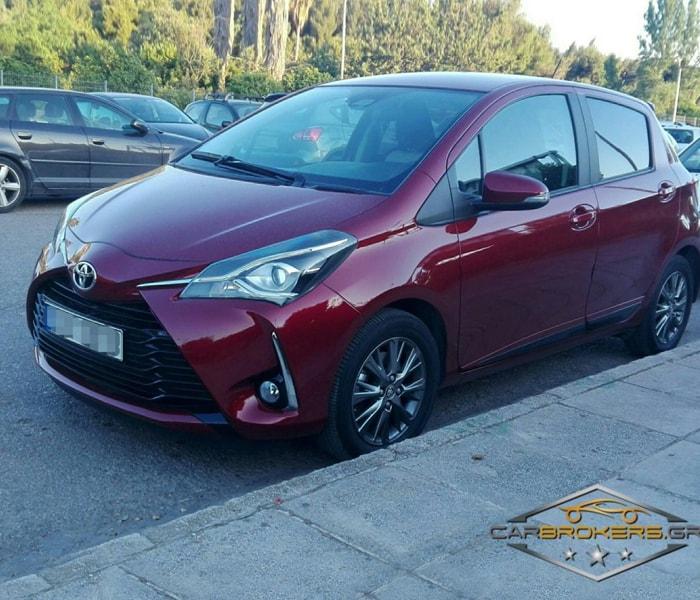Toyota_yaris_mpornto